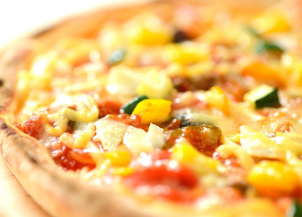 ラタトゥイユの窯焼きピザ