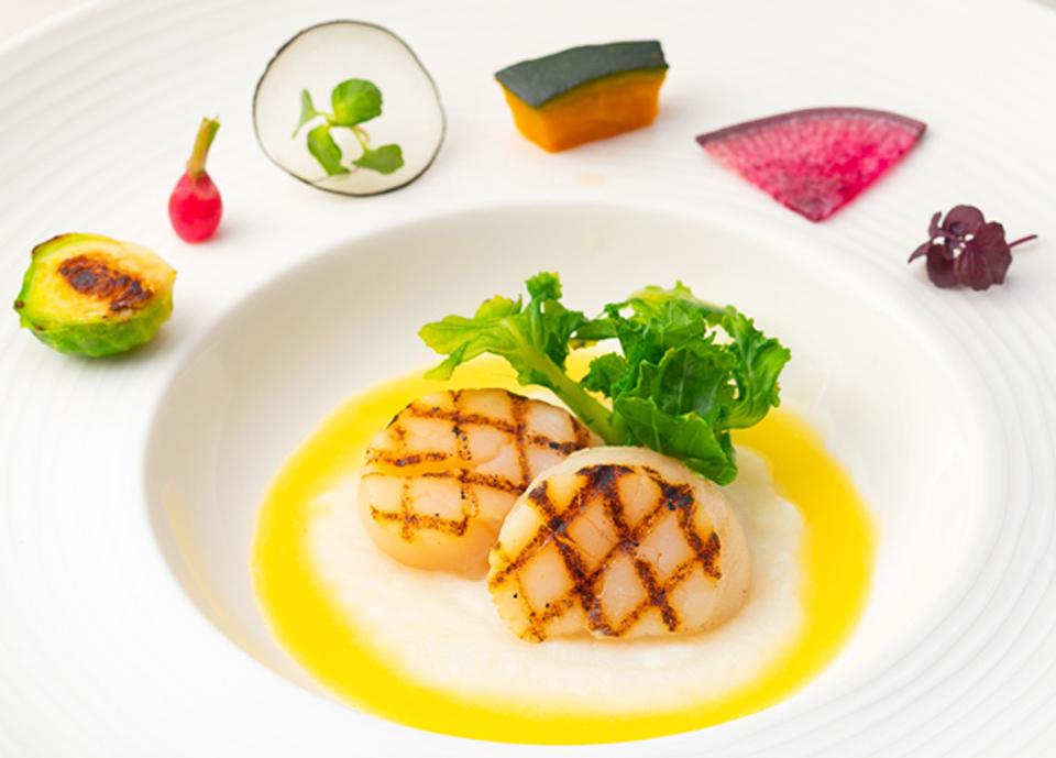 帆立貝柱のグリル 柚子バターソース イメージ