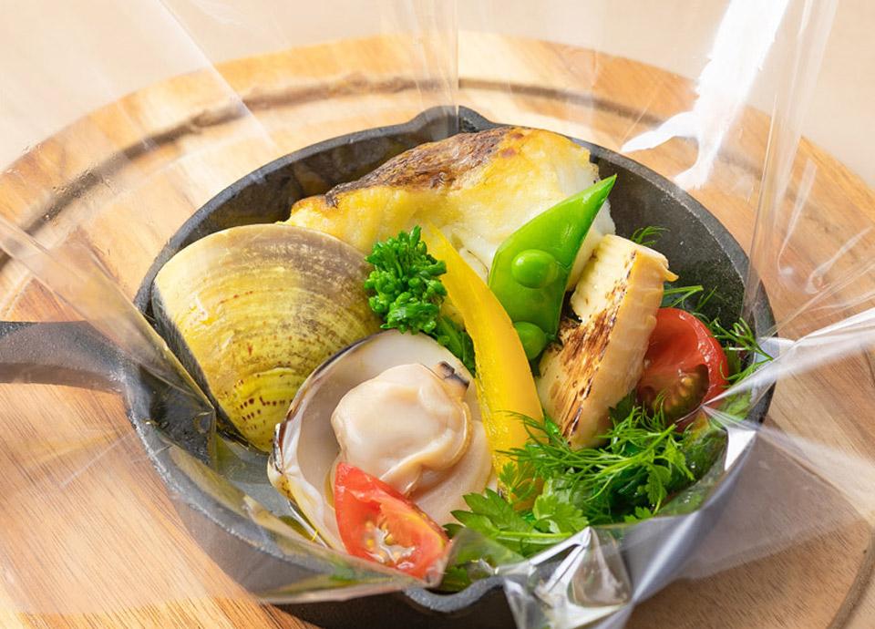 鯛と蛤の香草風味 フィルム包み焼き イメージ