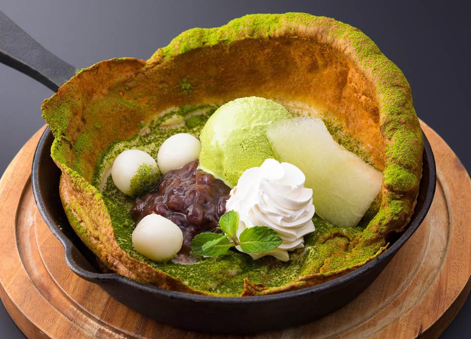 小豆と抹茶アイスクリームのダッチベイビー