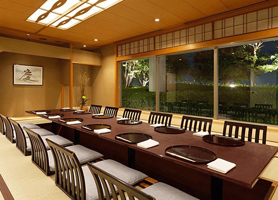日本料理 鯉城