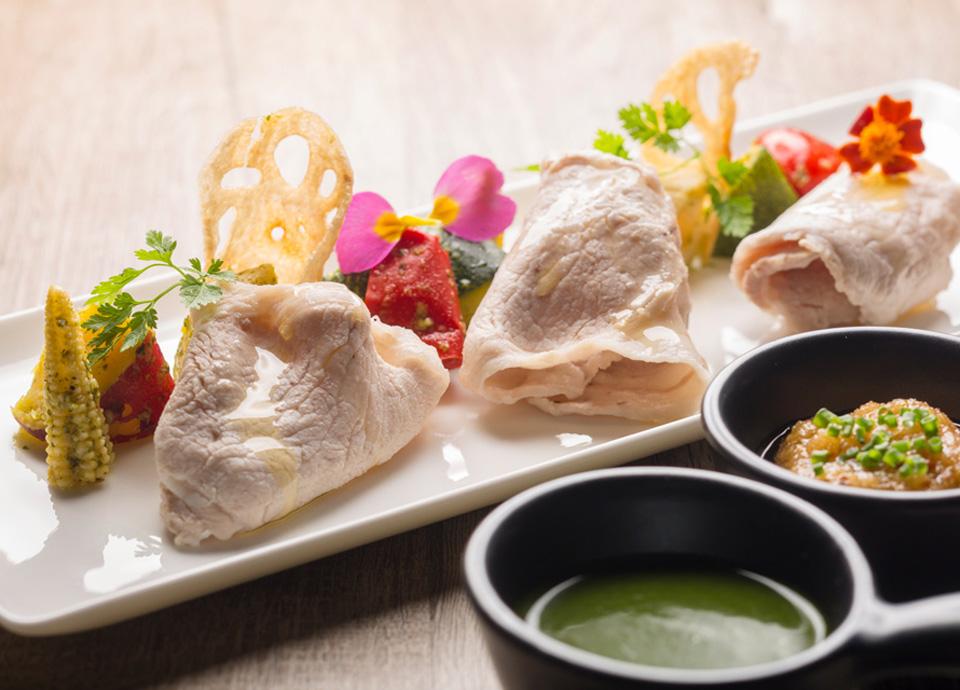 広島県産豚肩ロースのしゃぶしゃぶ バジル風味の温野菜添え イメージ