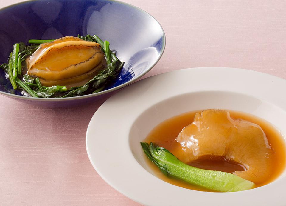 フカヒレの姿煮込み および 鮑の姿煮 オイスターソース イメージ(どちらかお選びいただけます)