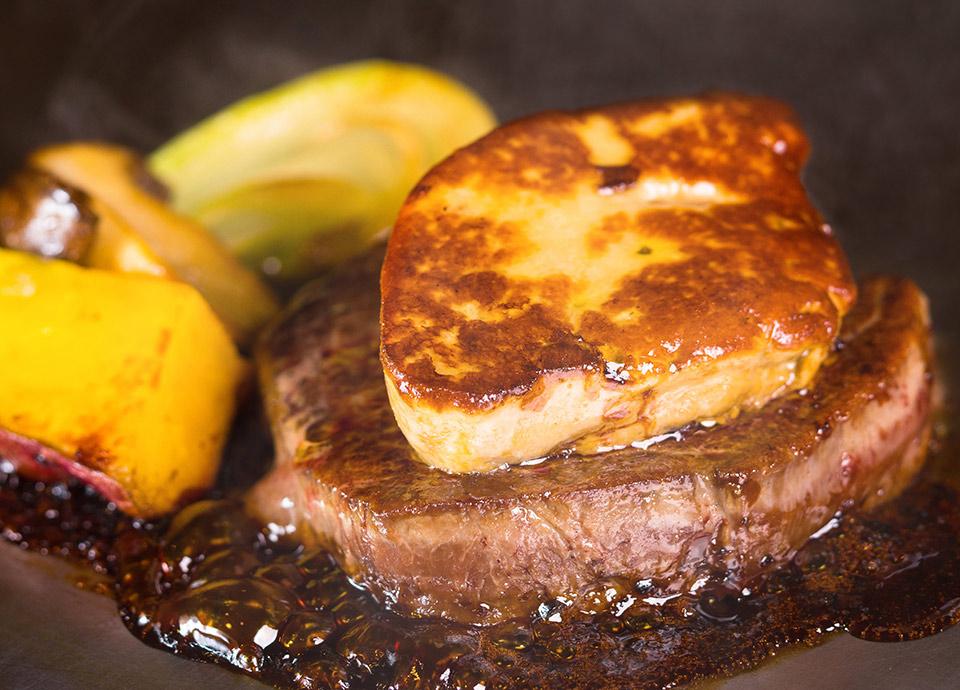 牛フィレ肉 フォワグラ添え イメージ