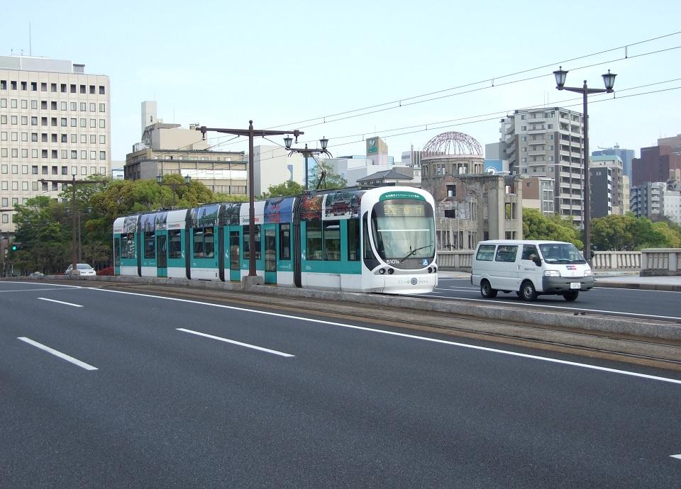 路面電車 イメージ