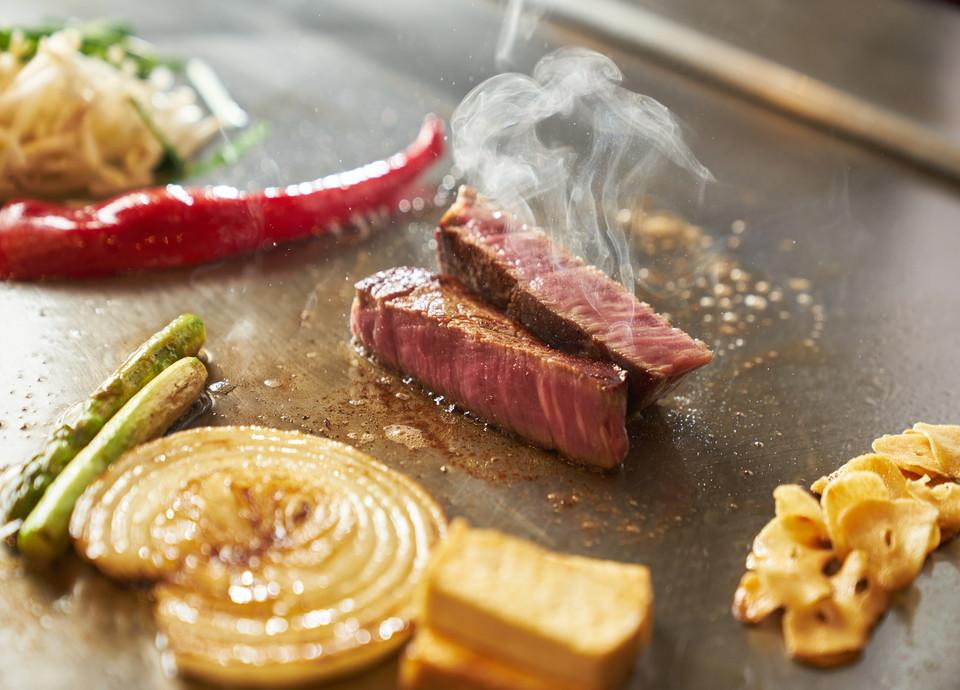 鉄板焼なにわ・料理イメージ サムネイル画像