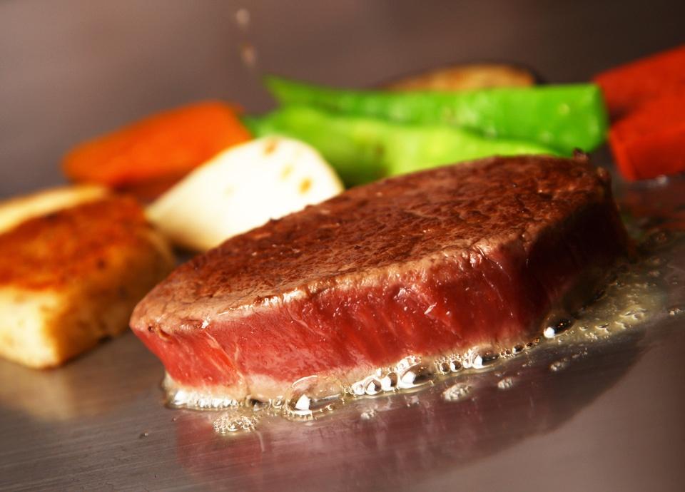 神戸牛ロースステーキコース