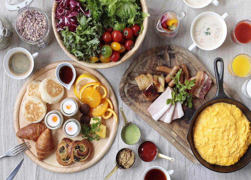 和洋、多彩な料理が揃うビュッフェ