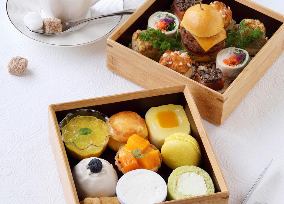 [1日10食限定]トロピカルアフタヌーンティーセット 二段重