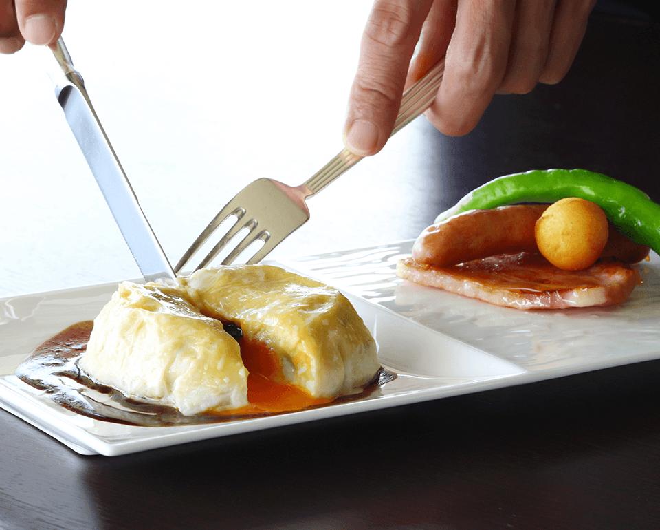 京都美山町の卵や九条ねぎ、京湯葉など、京都の食材を使用したシェフこだわりの逸品