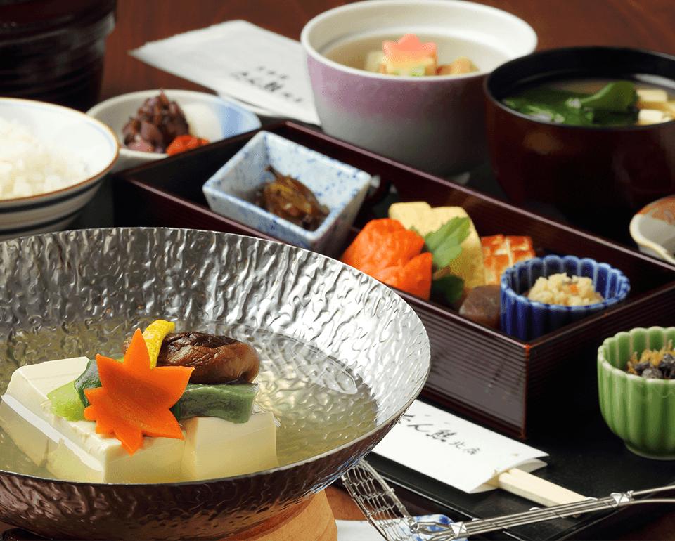 京湯豆腐 サムネイル画像