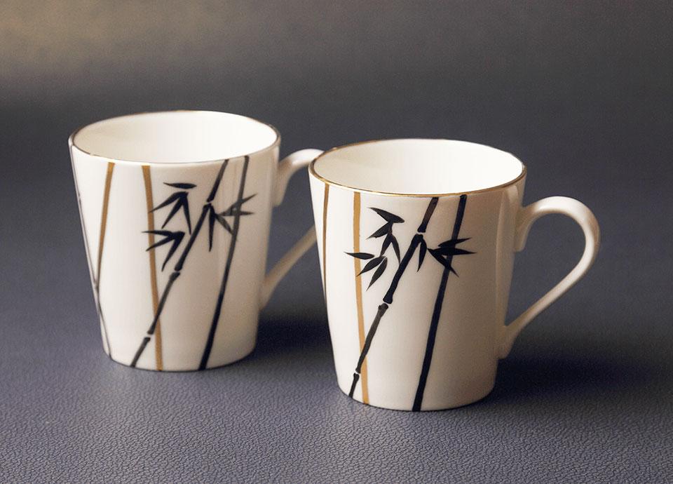 ホテルオリジナルのカップ 京焼清水焼のマグカップをご用意