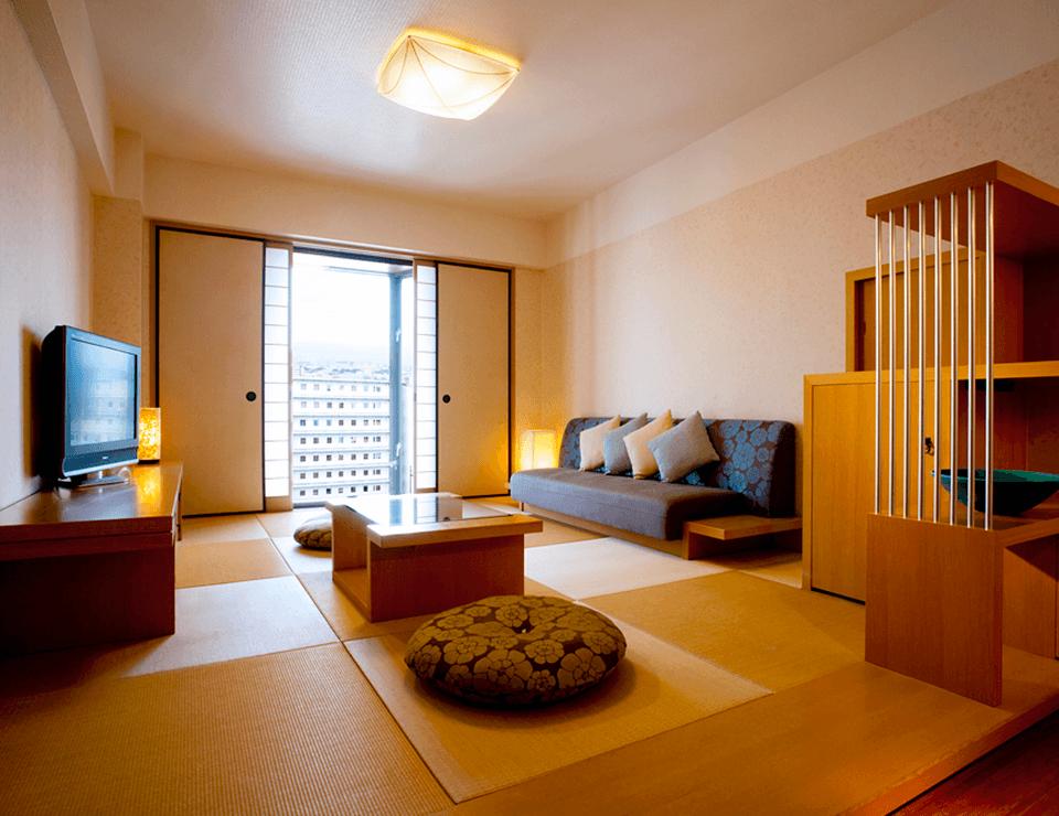 畳に癒される和の客室