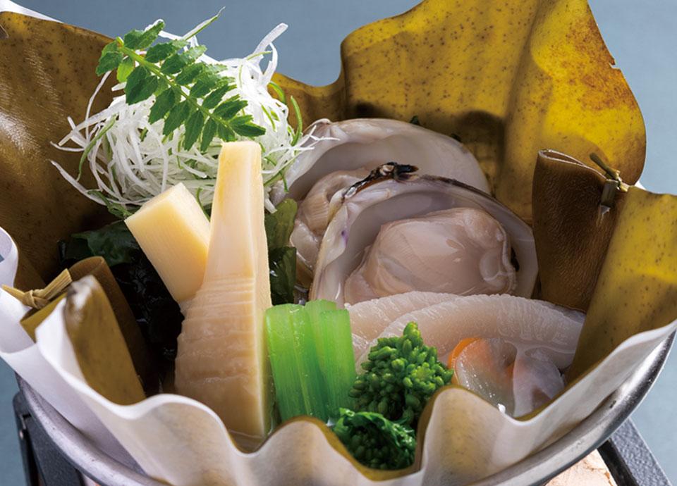 蛤と平貝 竹の子 菜の花の昆布鍋