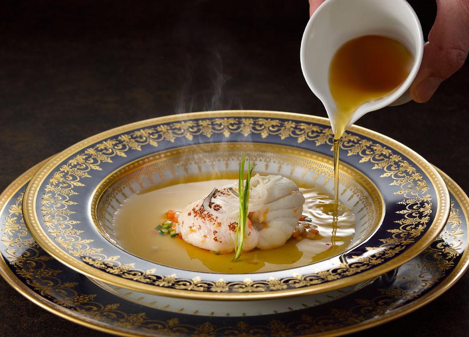 トラフグと白子のコンソメスープ