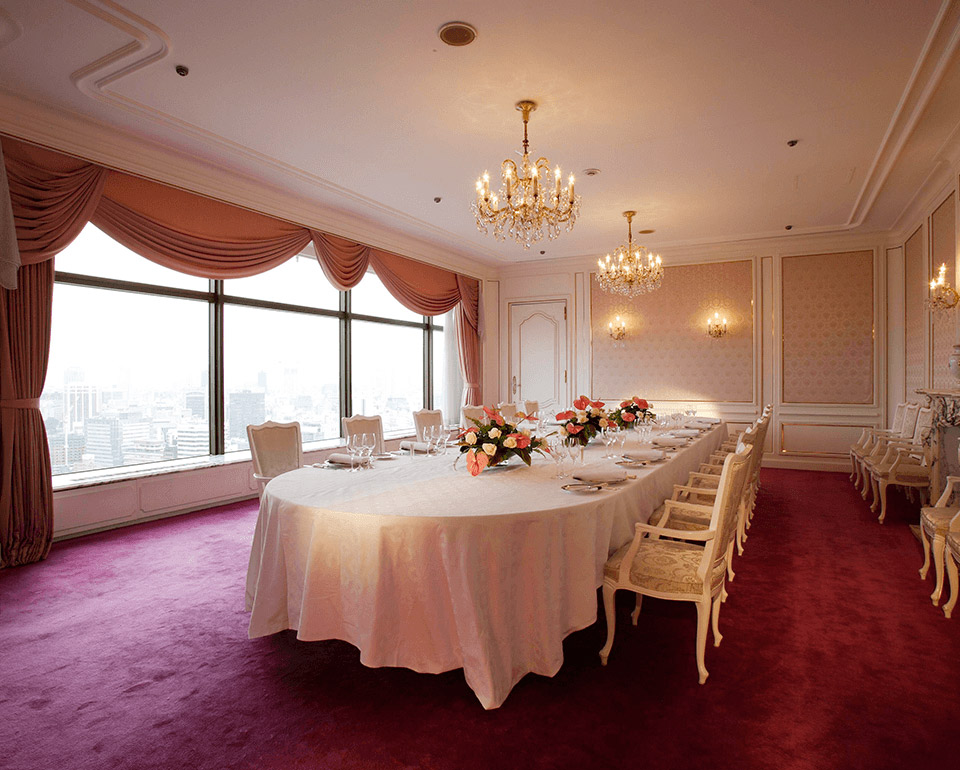 フレンチレストラン シャンボールの個室「サロン ダルジャン」