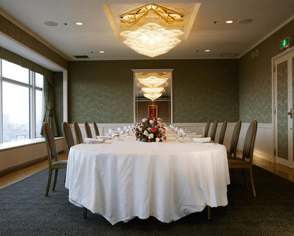 フレンチレストラン シャンボールの個室「エメラルドルーム」