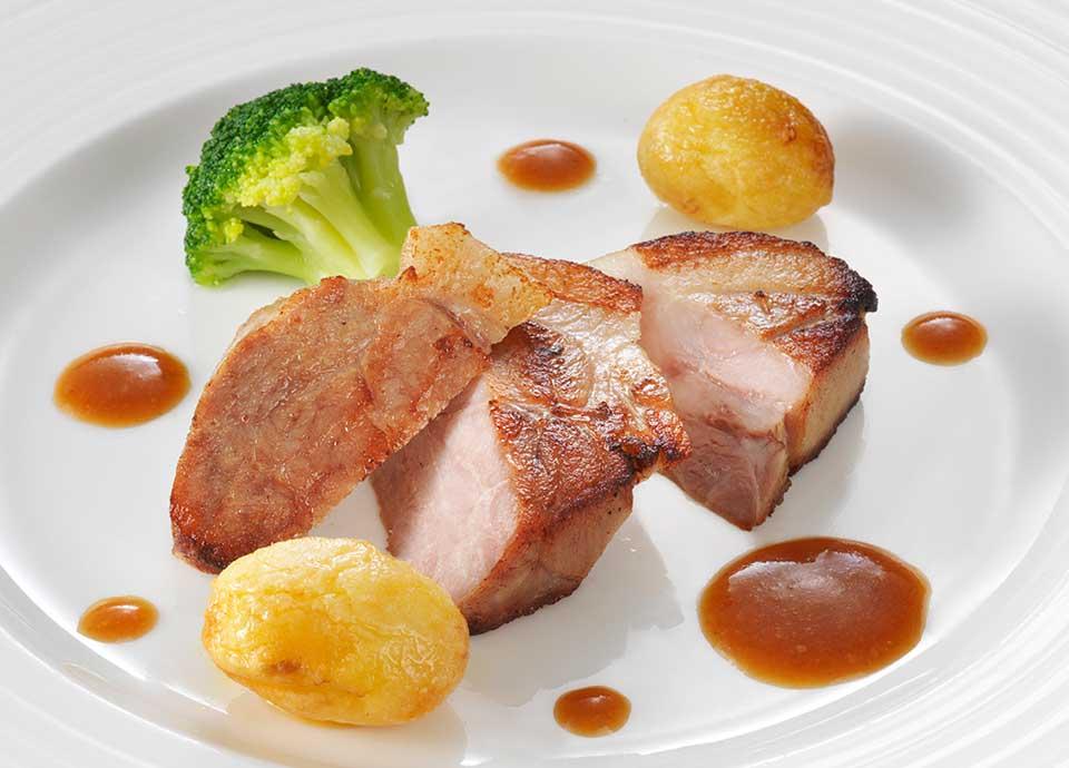 豚肩ロース肉の塩麹マリネ 和風ソース生姜風味