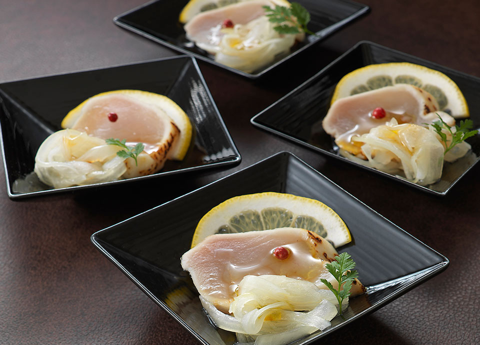 ビンチョウマグロ&新玉ねぎのマリネ レモン風味