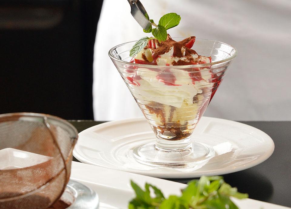 豆乳ティラミス&ベリーソース