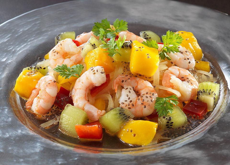 小海老と彩り野菜&フルーツのマリネ風 チアシードドレッシング