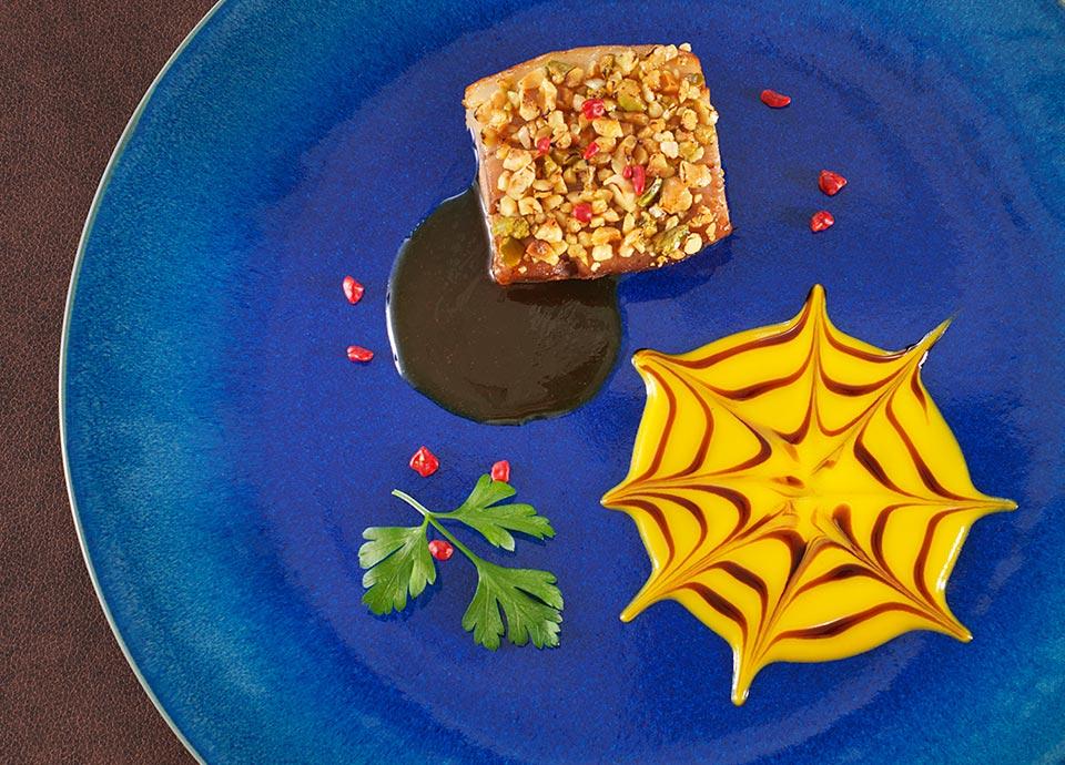 豚バラ肉の角煮風 アップルジンジャー風味 ナッツのアクセント