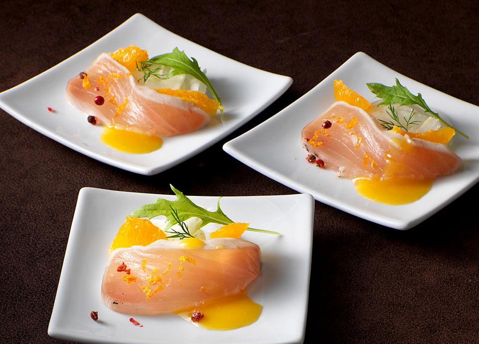 ビンチョウマグロ&香味野菜のインサラータ オレンジとピンクペッパーの香り