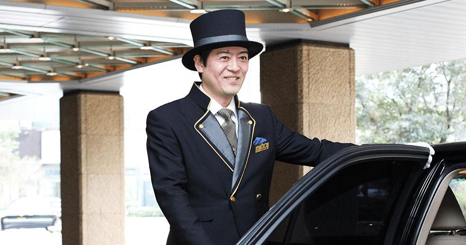 駐車場無料 ご宿泊のお客様 普通乗用車 1台1泊¥1,500 を無料に。