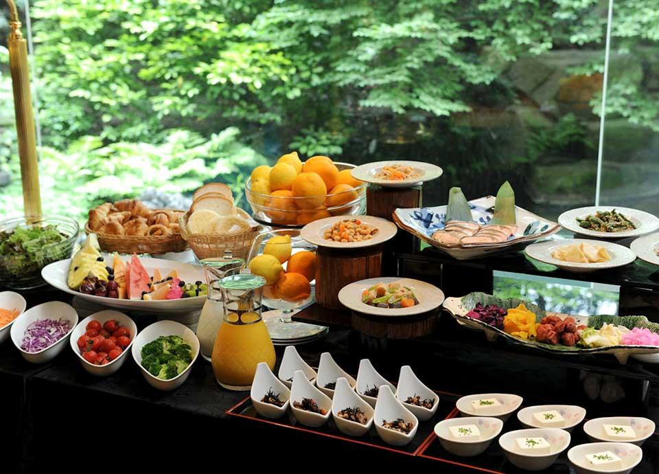 【夏・旅!お日にち限定】客室アップグレード 19~22階・カフェラウンジ付・4つの自然がテーマのフロア【朝食付】