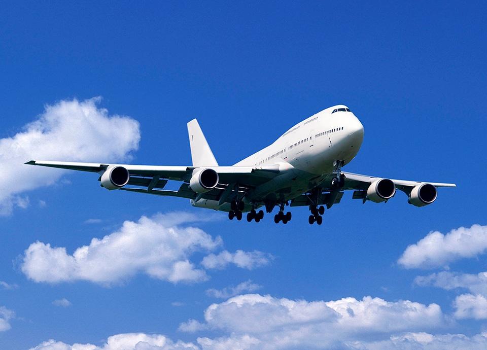 航空券付宿泊プラン<br>~航空券と宿泊プランがセットになったパッケージツアーをご用意しております~