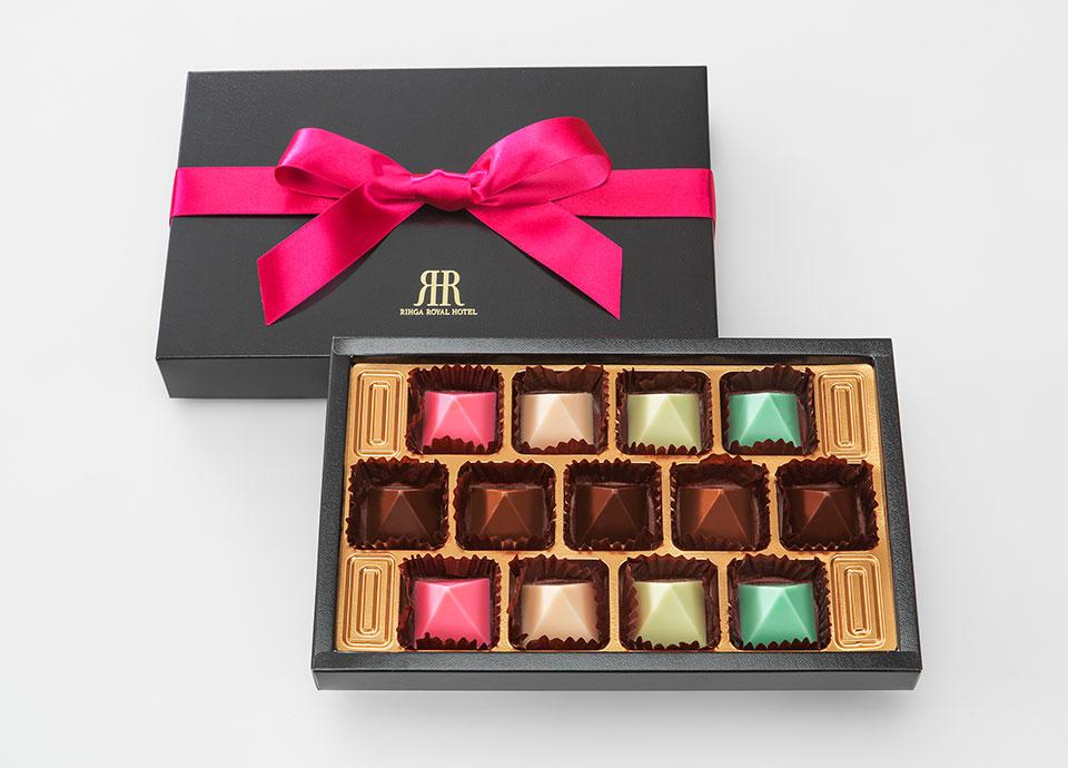 【Valentine&Whiteday】プレゼントやご褒美に ピラミッド型のチョコレート付