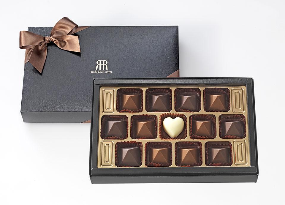 【ホワイトデー】リーガロイヤルピラミッド チョコレート付プラン
