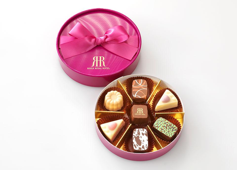 【Chocolate Fair】7つのフレーバーが楽しめるチョコレートBOX付プラン