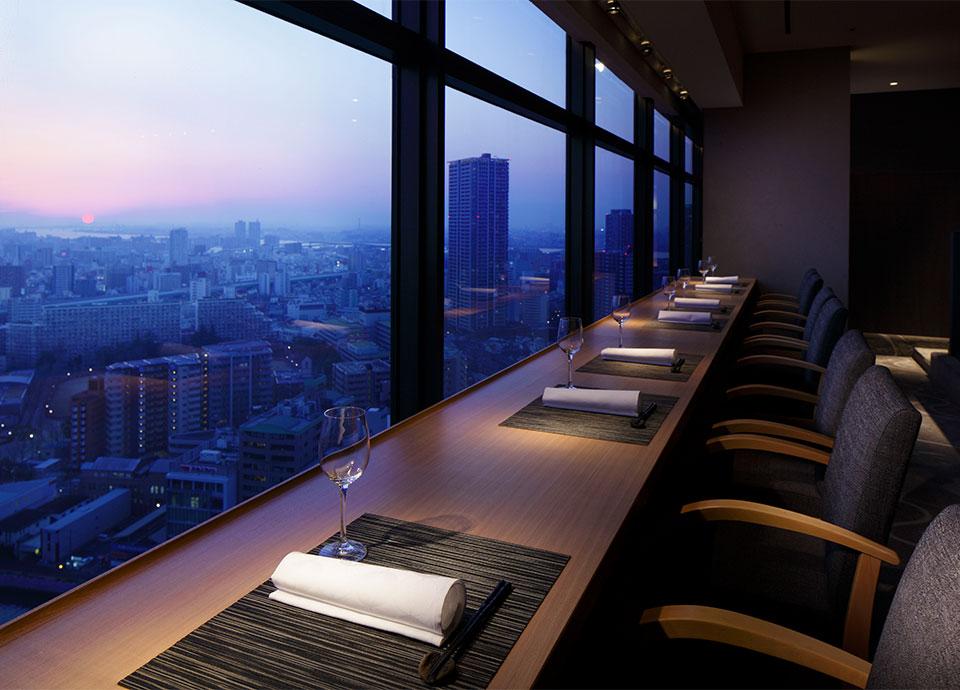 ホテル最上階「日本料理 なかのしま」で美しい夜景と夕食を【夕食付】