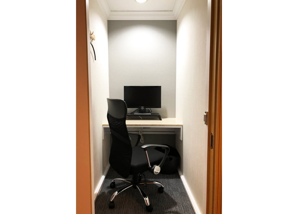 2階 個室1(1名用個室)