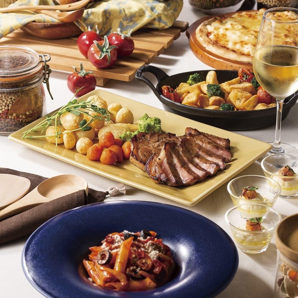 前菜、サラダ、パティシエおすすめのデザートなどお好きなだけ(ソフトドリンクバー付き)