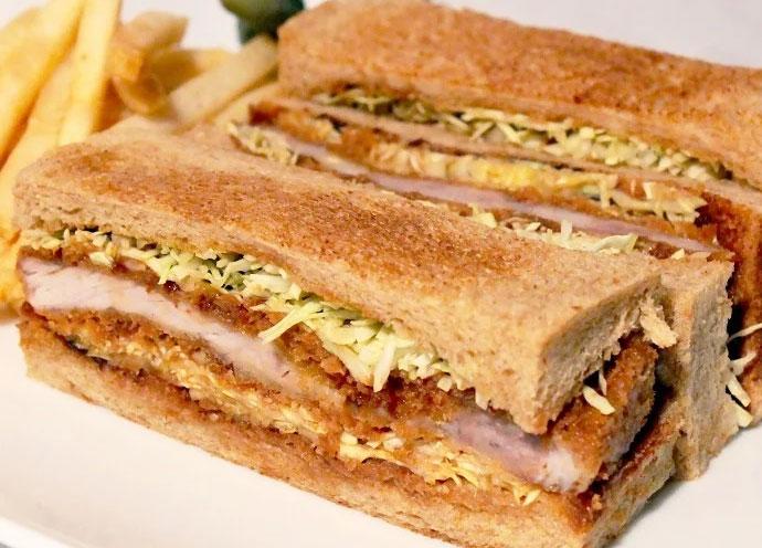 国産豚ロース肉と全粒粉パンのカツサンドイッチ