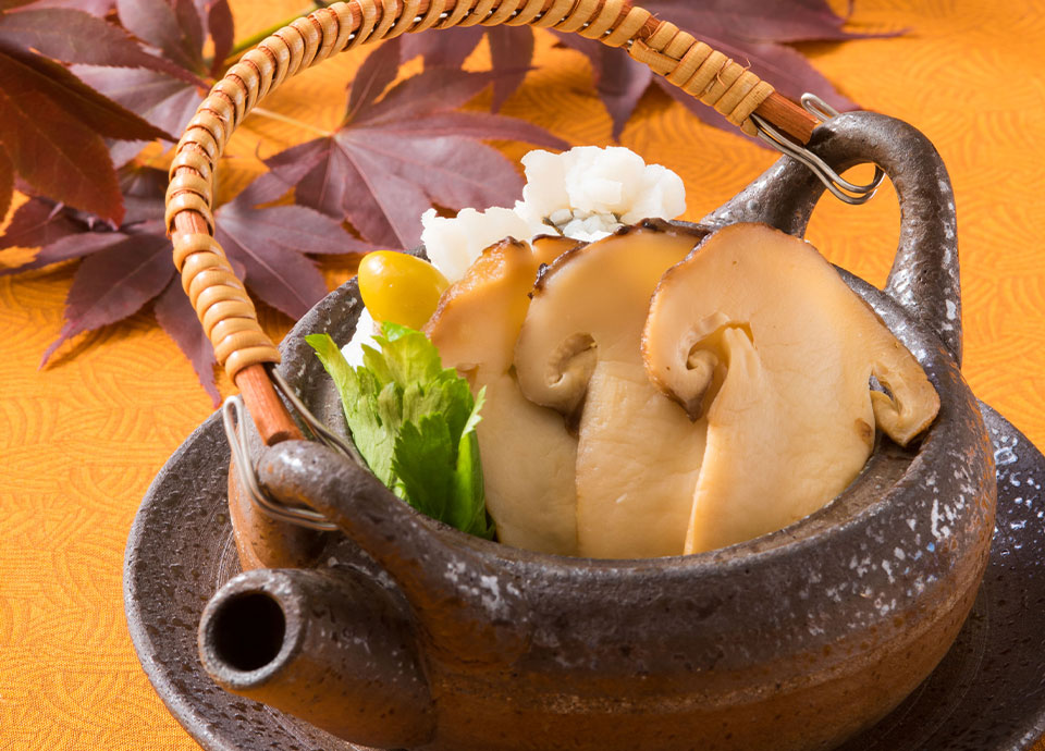 松茸を味わう秋