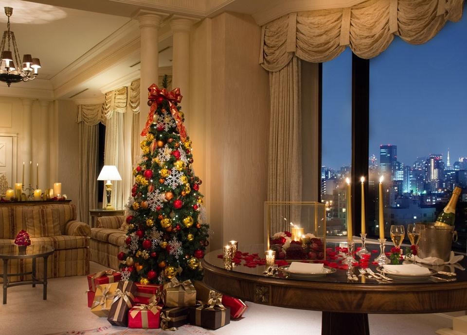 ルームイメージ:クリスマス装飾が施されたロイヤルスイート