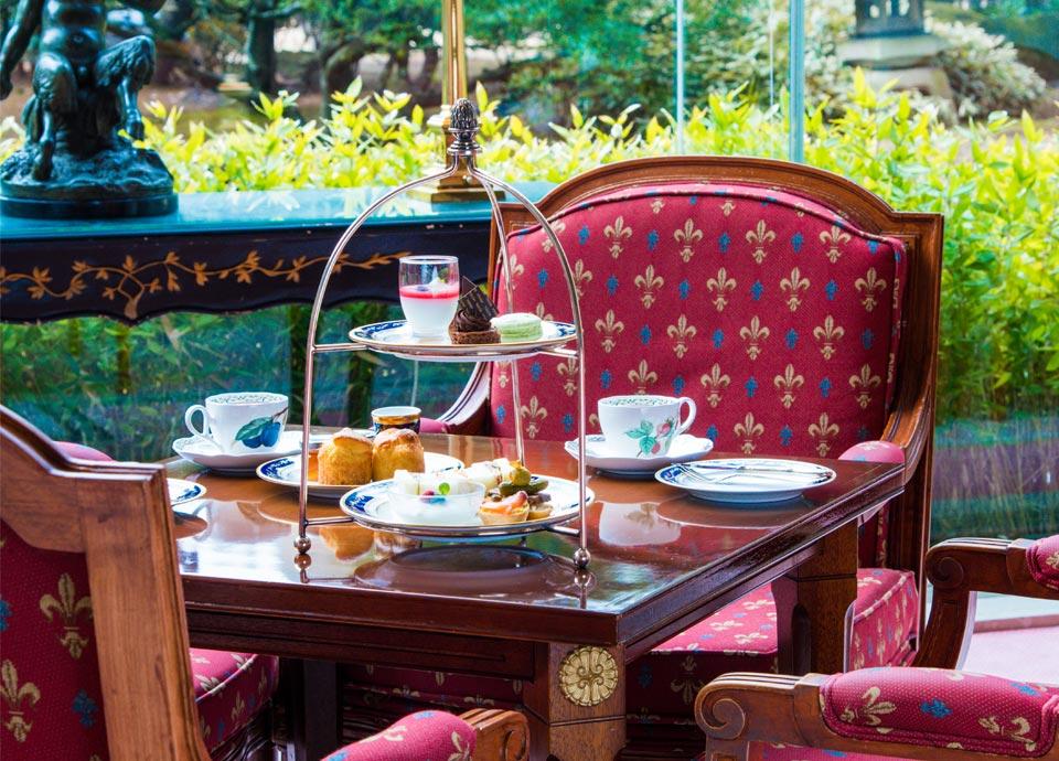 チェックイン日にガーデンラウンジで優雅にアフタヌーンティーを 庭園側ジュニアスイートルーム+朝食付