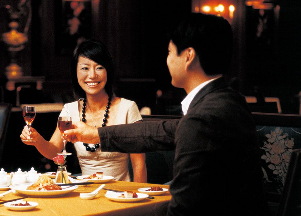 館内利用券でご夕食を(お席のご予約をおすすめいたします)