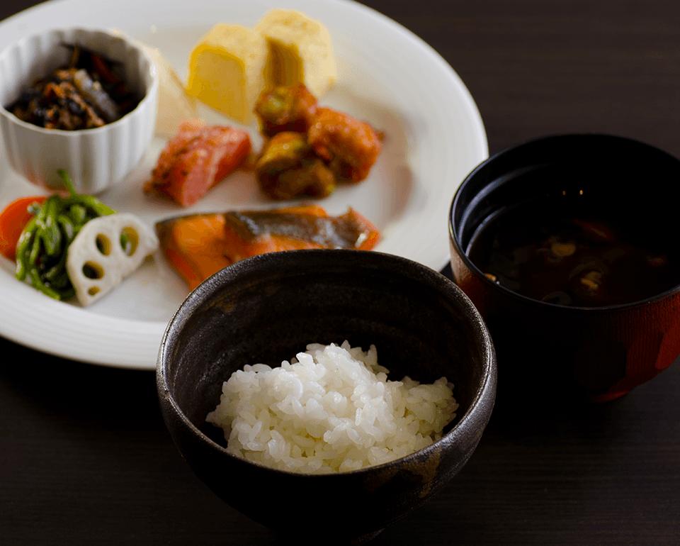 和食メニューも豊富に取り揃えております。
