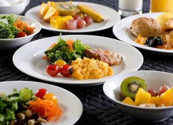 和洋朝食ビュッフェ 豊富なメニューを揃えた和洋朝食ビュッフェ