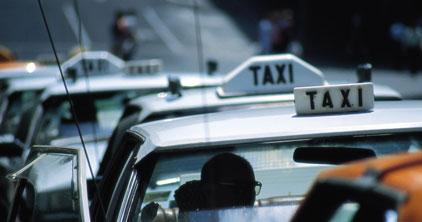 タクシーでお越しのお客様 <br>往路タクシー代キャッシュバック(上限¥1,000) チェックイン時、当ホテルまでのタクシー代領収書をフロントスタッフへお渡しください。<br> ※1室につき1滞在中1回のみ<br> ※領収書のない場合は、キャッシュバックいたしかねます。<br>