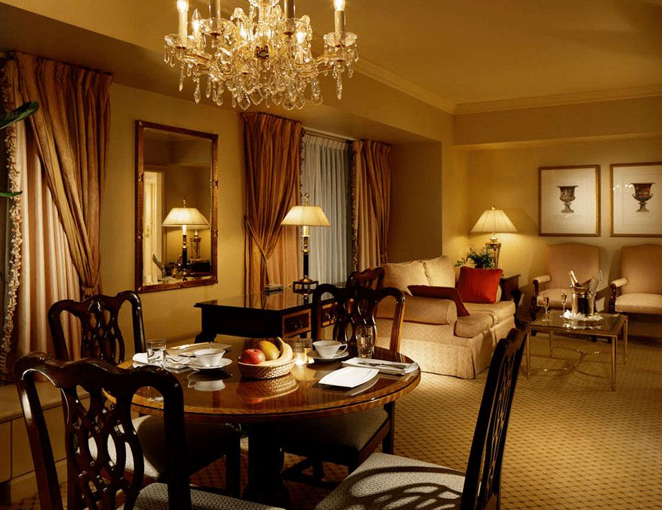「リーガギフトチェック」は国内11ホテルでご利用いただけます。