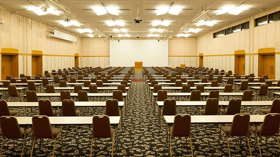国際会議、セミナー、講演会に最適な大ホール
