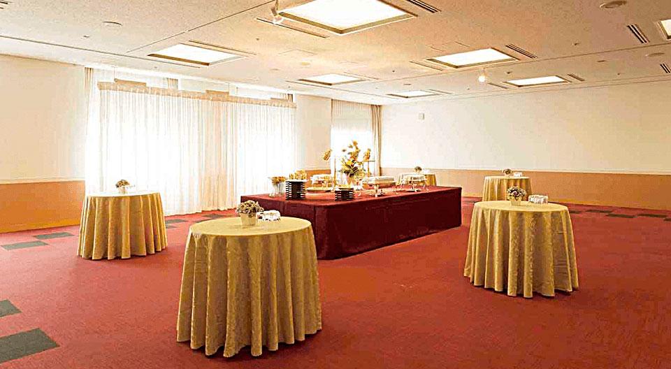 中宴会場(会議室)701