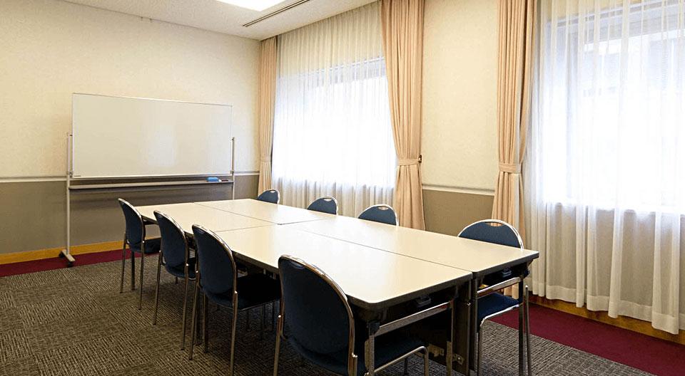 小宴会場(会議室)602