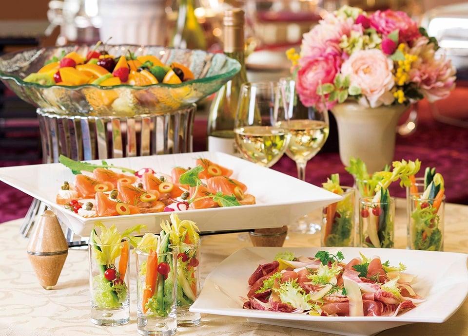 レストラン アイリス「歓送迎会プラン」 パーティ料理と飲み放題がセットになったプランです。