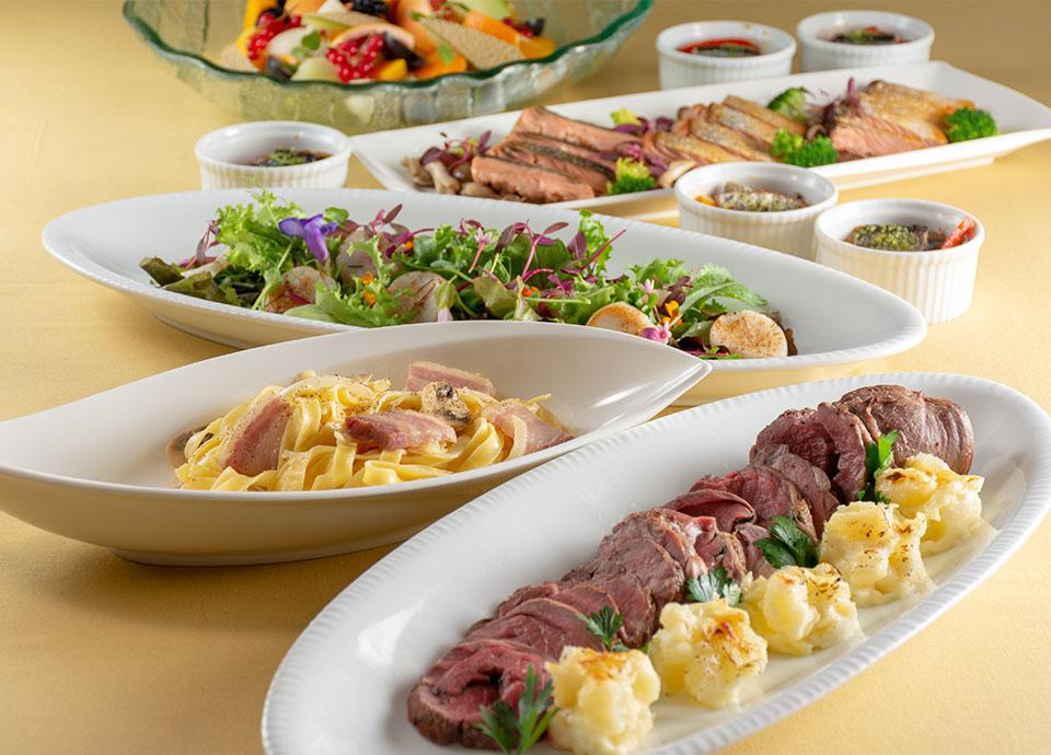 レストラン アイリス「Autumn Party Plan」 ビュッフェ料理と飲み放題がセットになったプラン